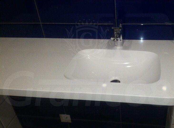 Столешница в ванную. Мойка.